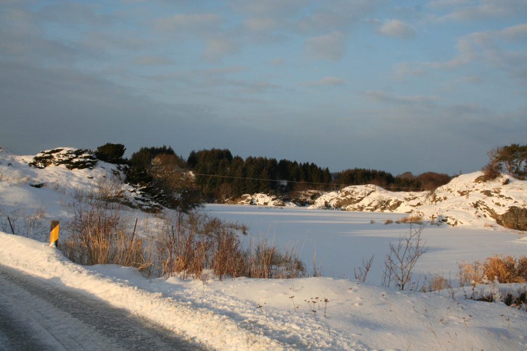 2010-Des-25 Snø på Mangernes-2