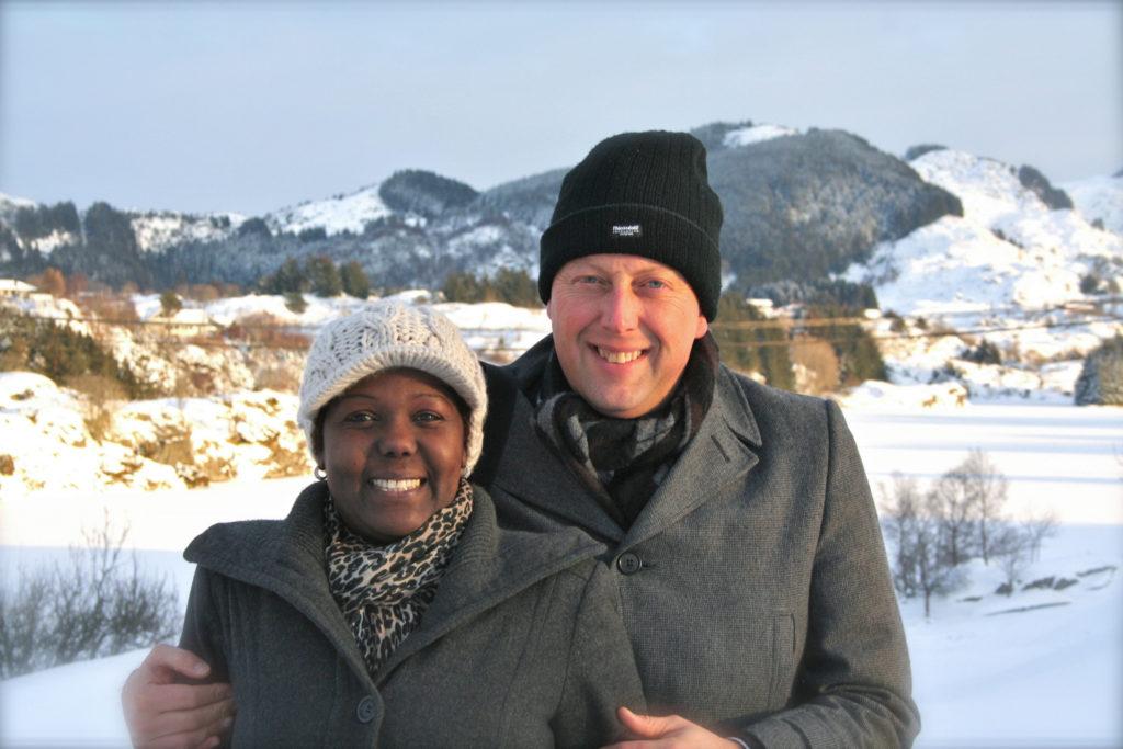 2010-Des-25 Snø på Mangersnes-1