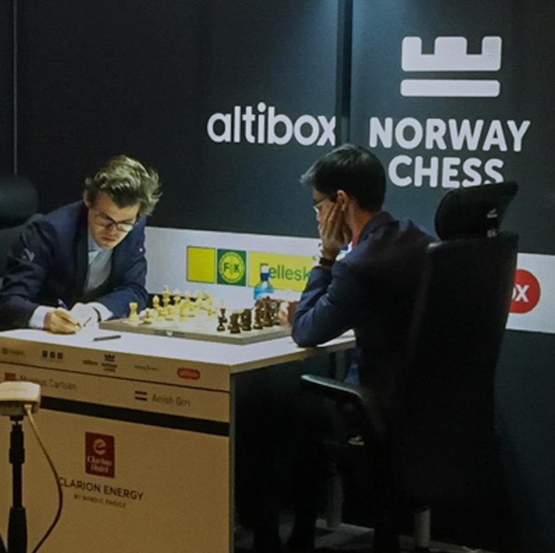 NorwayChess 11. juni 2017 runde 5 hvor Magnus spiller mot  Anish Giri.