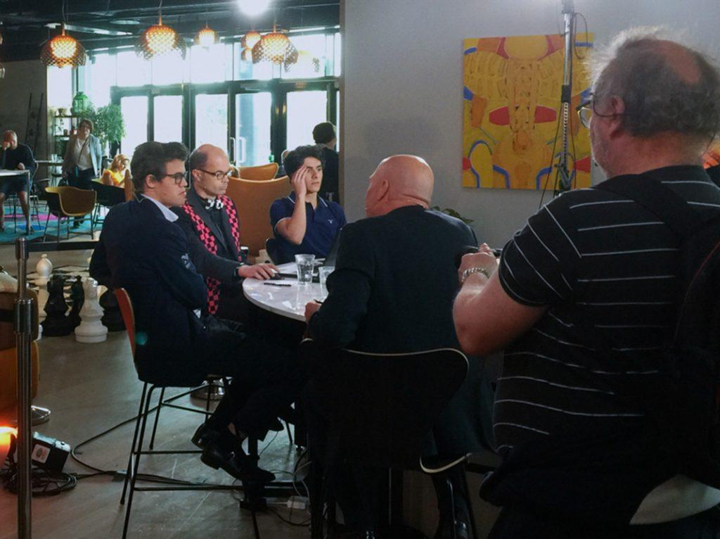 Magnus Carlsen intervjues av TV2 under NorwayChess 11. juni 2017 runde 5.