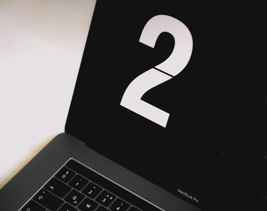 Blogg fyller 2 år - Macbook